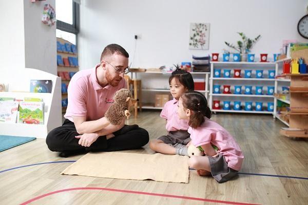 giáo viên mầm non sakura rèn luyện tư duy cho trẻ